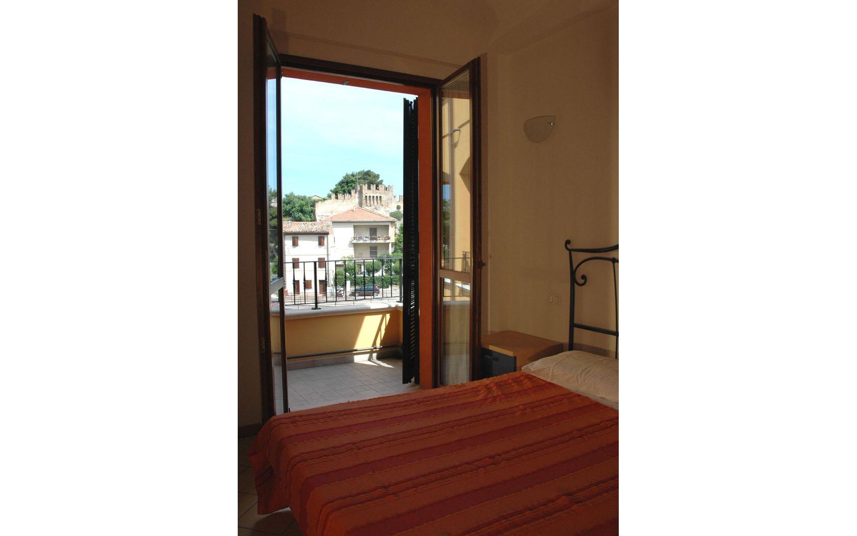 Camera letto 2 fano affitti - Camera letto mare ...